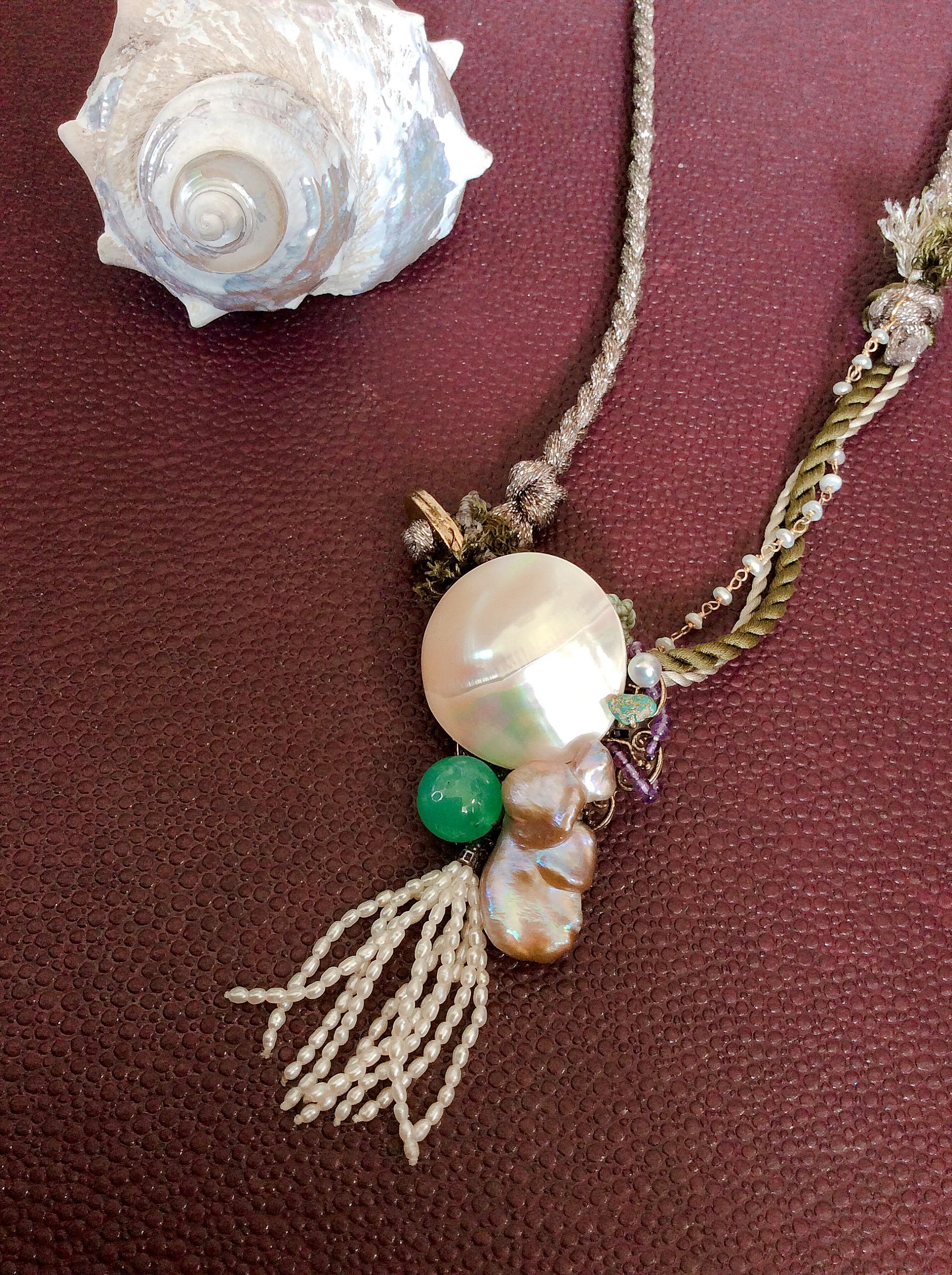 レザーや天然石ネックレスとも合わせられるペンダントヘッド